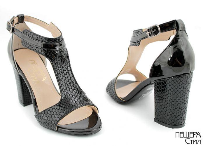 Дамски сандали на ток в черен лак 994 CH