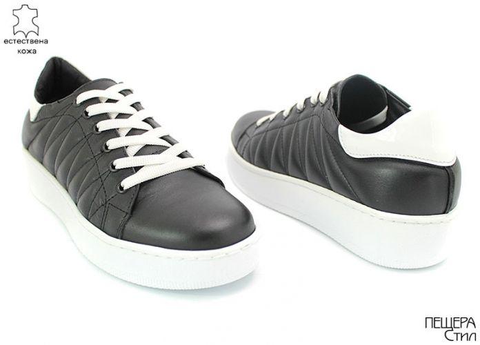 Дамски спортни обувки в черно D-129 CH