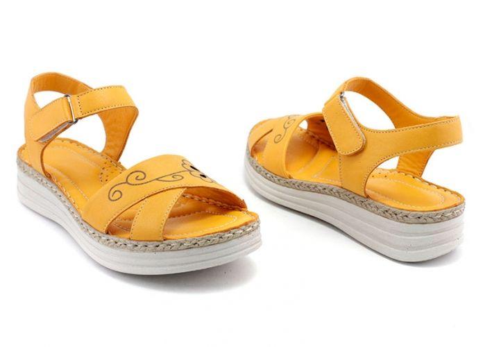 934deb0b34a Дамски сандали от естествена кожа в пъпешово жълто 8609 JT