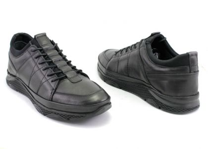 Casual Sport Shoes for Men in Black Leather - 1315 CH