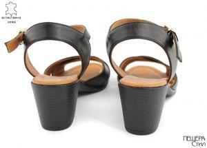 Дамски сандали на ток в черно M-101 CH