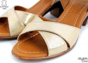 Дамски сандали на ток в златисто M-101 ZL