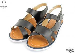Дамски сандали в черно M-445 CH