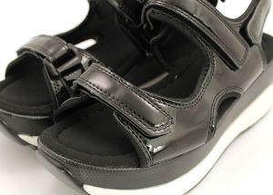 Дамски сандали на спортна платформа в черно 3601 CH