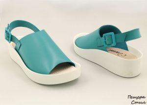 Дамски сандали в петролено синьо 16129 SN