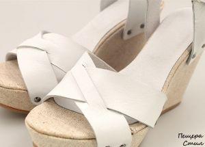 Дамски кожени сандали в бяло D-748 B