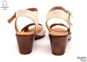 Дамски сандали на ток в бежово M-101 BJ