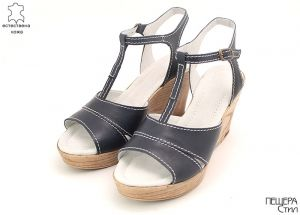 Дамски сандали на платформа в тъмно синьо MЕ-100 SN