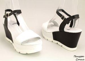 Дамски сандали от естествена кожа в черно-бяло D-118 CB
