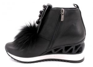 Winter Women's platform sneakers in black leahter - 954 CH