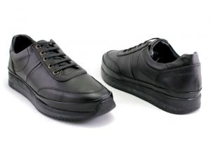Men's casual shoes in black leather with lining leather - Model Aldo