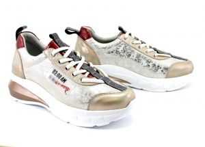 Women's sport style shoes - Leather sneakers - model Daphne